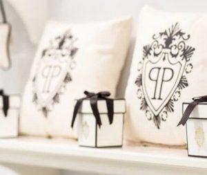 Butik ve Lüks Oteller için odalar ve ortak alanlarda kullanılmak üzere hazırlanan tekstil ürünleri